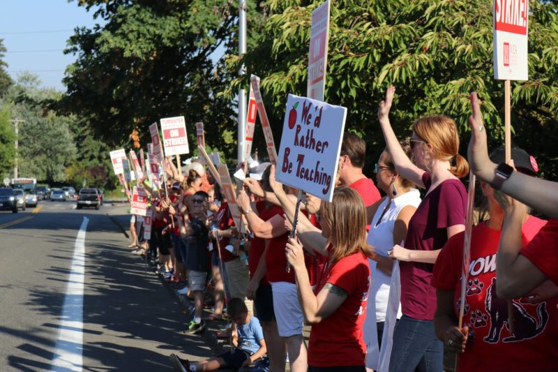 Thousands of Washington Educators Stand Strong for Professional Pay