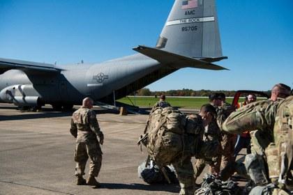Trump redobla amenaza y dice que enviará hasta 15 mil efectivos militares a la frontera