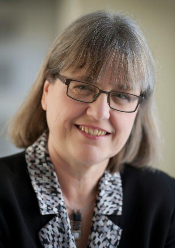Donna Strickland, tercera mujer en ganar el Nobel de Física