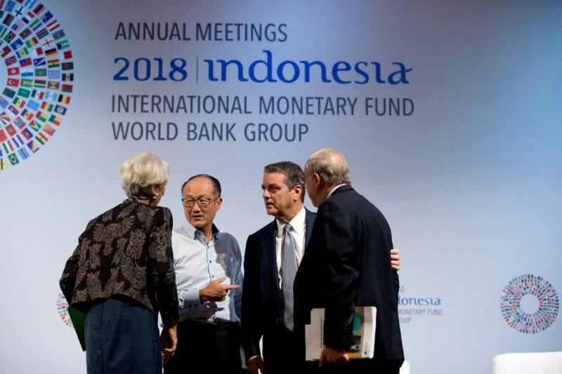 Aumentan riesgos para el sistema financiero global: FMI
