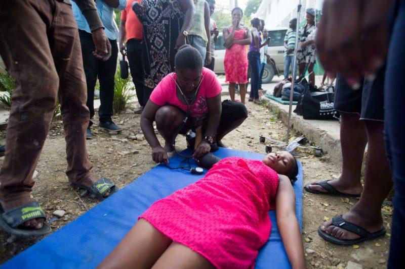 Nuevo sismo de 5.2 grados en Haití. 14 muertos y 188 heridos por el primer terremoto