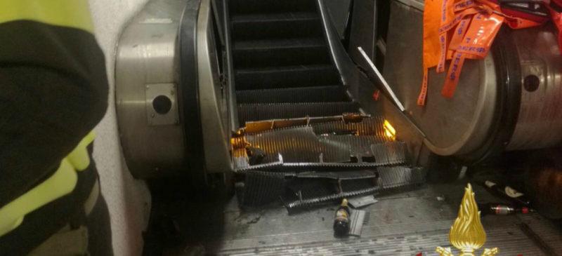Video: Más de 20 heridos por caída de escalera eléctrica en metro de Roma