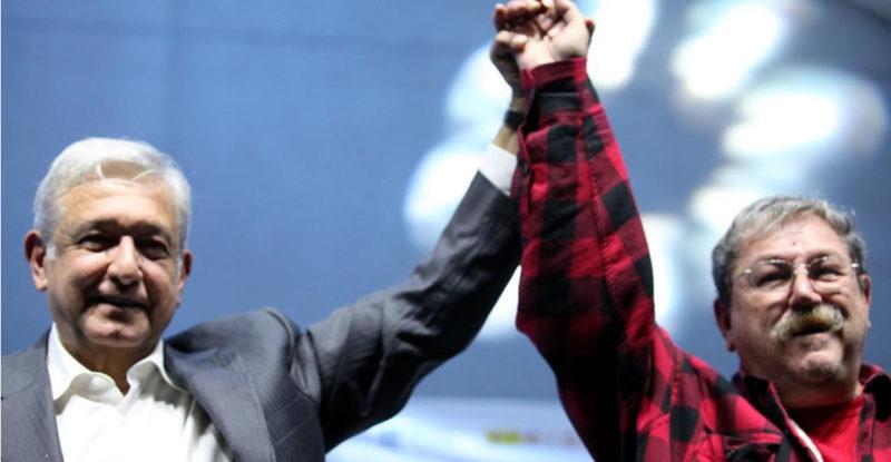 Paco Ignacio Taibo II acepta propuesta de AMLO para dirigir el FCE