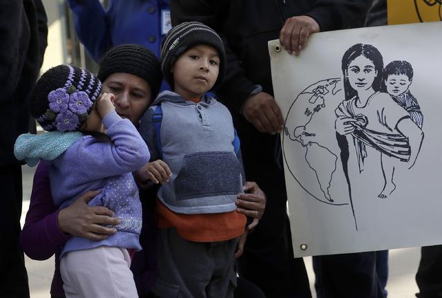 Trump separó a más de 6 mil familias en cuatro meses: Amnistía Internacional