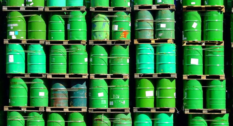China deja de comprar el petróleo estadounidense