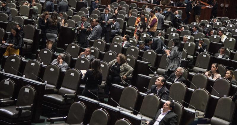 Diputados de Morena presentan propuestas para que se reconozca el derecho de las mujeres a abortar