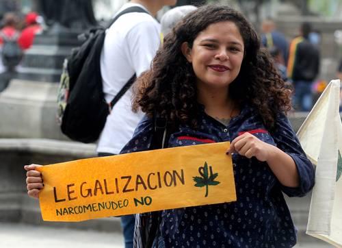 Avala la Corte el uso de mariguana con fines lúdicos. Se creó jurisprudencia al sumar ayer cinco sentencias favorables. Tiende a legalizarse