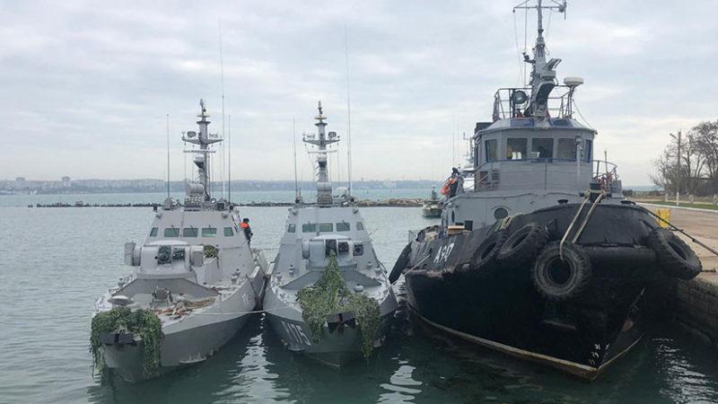 Rusia detiene dos barcos de Ucrania en aguas cercanas a la península de Crimea