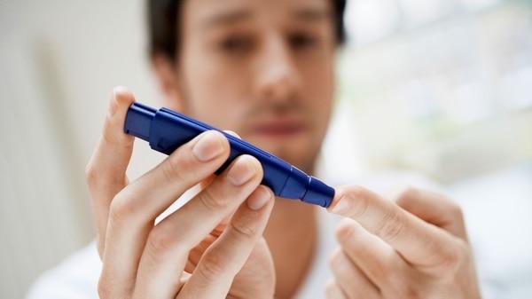 Cada ocho minutos muere una persona por diabetes