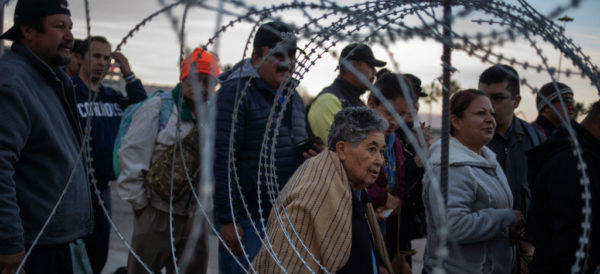 Bloquea juez prohibición de Trump de otorgar asilo a migrantes indocumentados