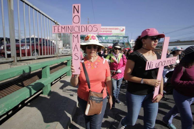 Marchan mujeres del país contra los feminicidios