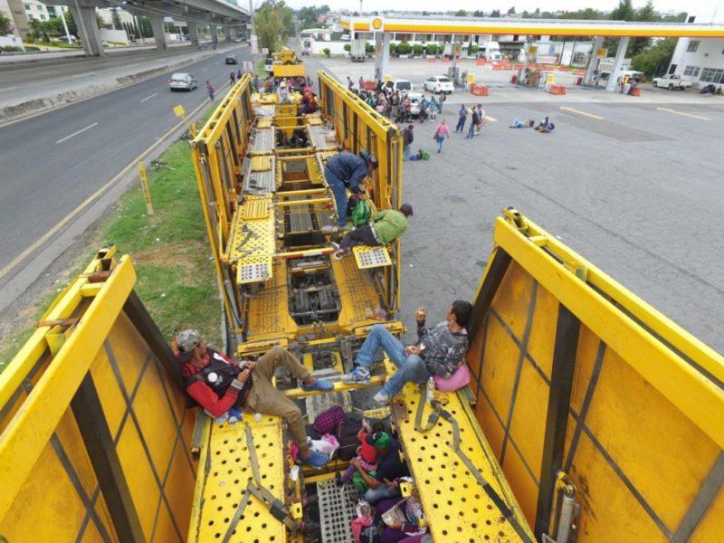 Llega segunda oleada de migrantes a Puebla