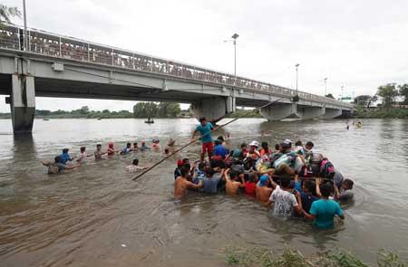 Al menos 300 miembros de centroamericanos detenidos en Chiapas
