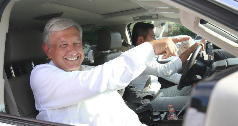 #FelizCumpleañosAMLO: Políticos y usuarios mandan sus felicitaciones al Presidente electo