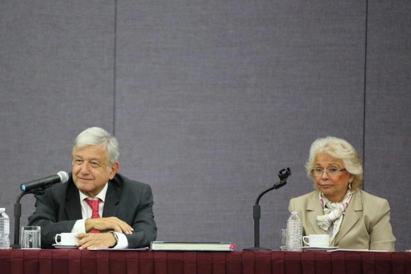 AMLO presenta a futuro gabinete proyecto de presupuesto