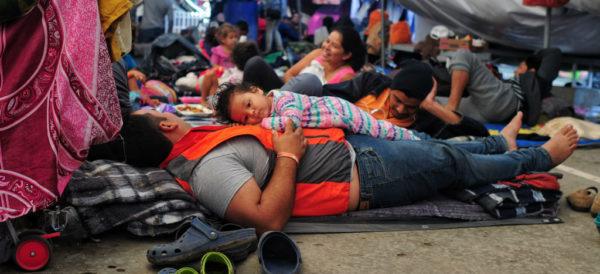 800 centroamericanos tramitan ingreso a EU desde Ciudad Juárez