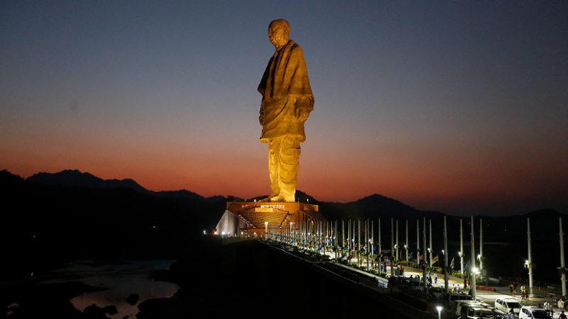 Video: La estatua más alta del mundo, de 182 metros de alto, en la India