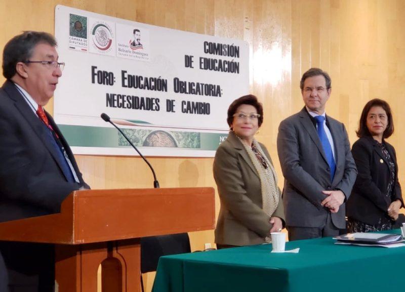 Liderazgo del SNTE debe surgir de elección libre: Esteban Moctezuma
