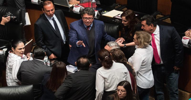 Senadores de Morena insisten: la banca abusa de los mexicanos y por eso bajarán las comisiones