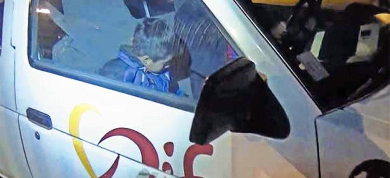 Juez federal mexicano ordena suspender actos de deportación de niños migrantes de la caravana