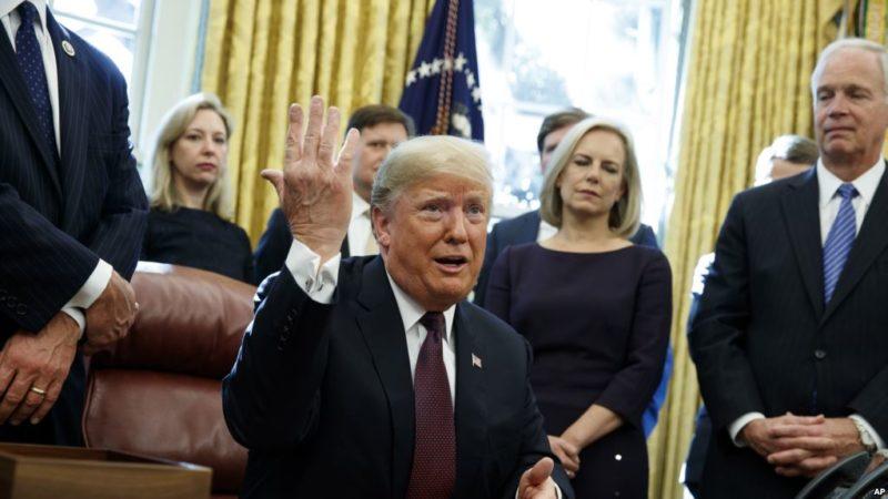 Finalmente, Trump da repuestas por escrito al fiscal especial lo que sabe sobre interferencia rusa en las elecciones del 2016