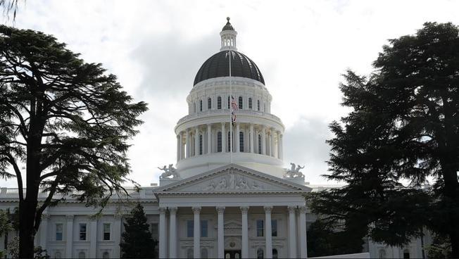 El 1 de enero, nuevas leyes en California en salud, seguridad pública y transporte, entre otros