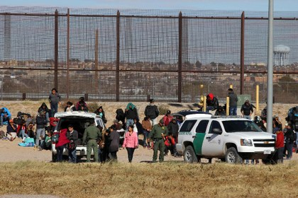 La estrategia de militarización, odio y miedo no funciona a Trump en la frontera