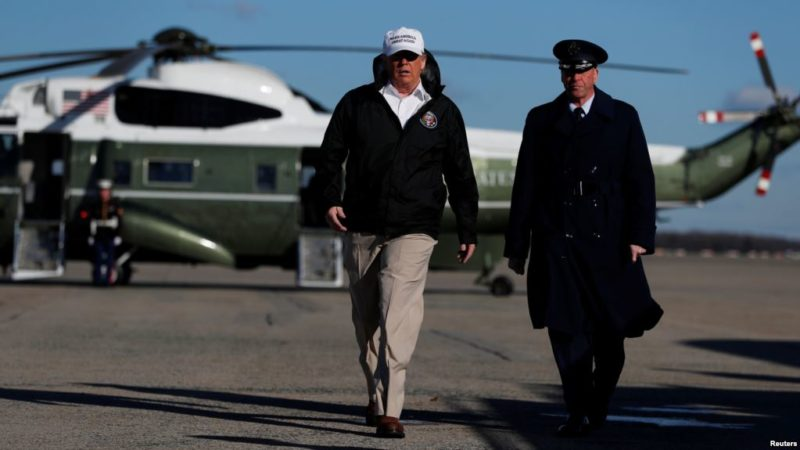 En la frontera sur, Trump reitera que podría declarar emergencia nacional