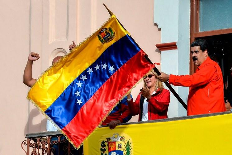 Mandos militares, Rusia y China salen en apoyo a Maduro