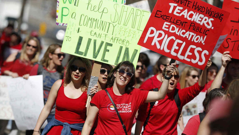 Autoridades de Denver advierten a maestros inmigrantes que acudan a huelga que los reportara á a la migra