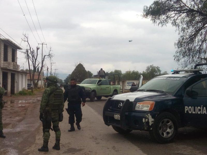 Pobladores de Santa Ana, Hidalgo, entregan a tres soldados capturados severamente golpeados y son remitidos al Ministerio Pública, acusados de homicidio. Fueron tres horas de tensión por enfrentamiento con huachicoleros