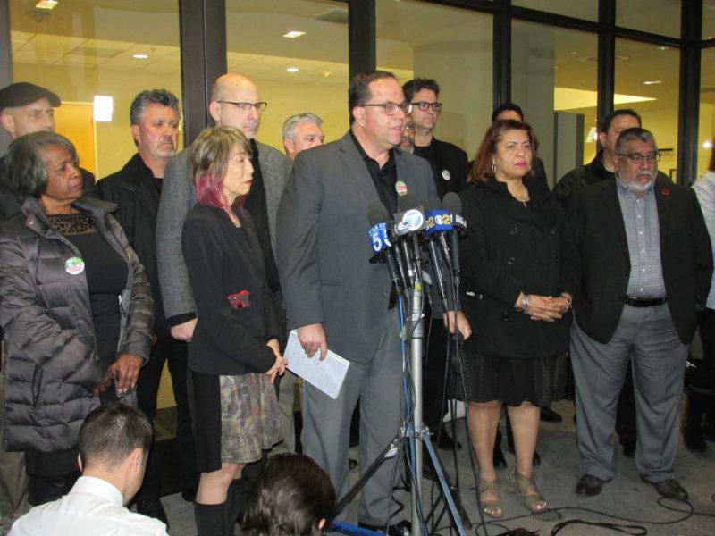 Jueza falla en favor del sindicato de maestros de Los Angeles y allana el camino para que la huelga estalle el lunes entrante
