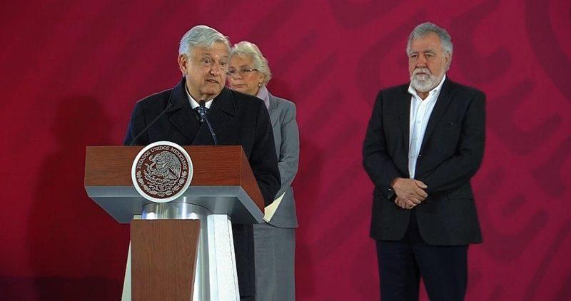 Un general brigadier, quien sirvió a Peña Nieto, es investigado por saqueo de combustibles a Pemex: AMLO