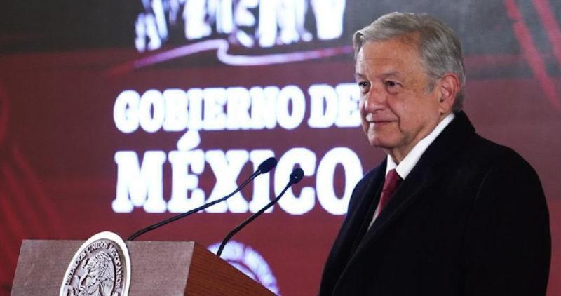 AMLO truena contra Fitch y las calificadoras: ¿dónde estaban cuando el saqueo de Pemex?, dice