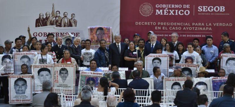 Video: Segob instala comisión para el caso Ayotzinapa; prometen dar resultados de manera inmediata