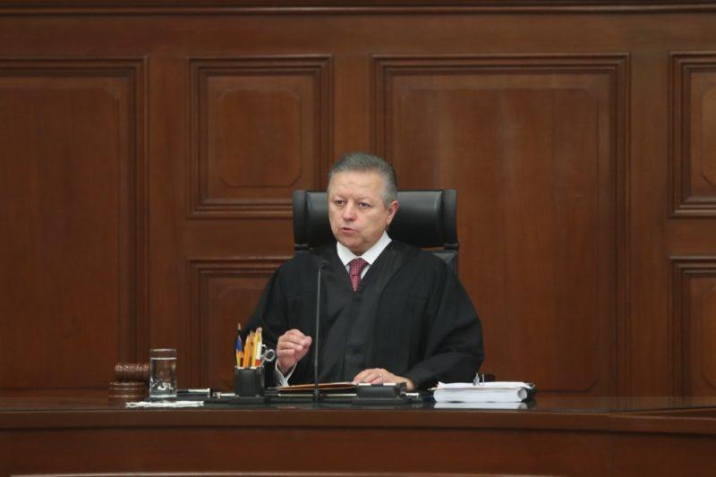 Ministros de la Corte reducen su salario 25% este año