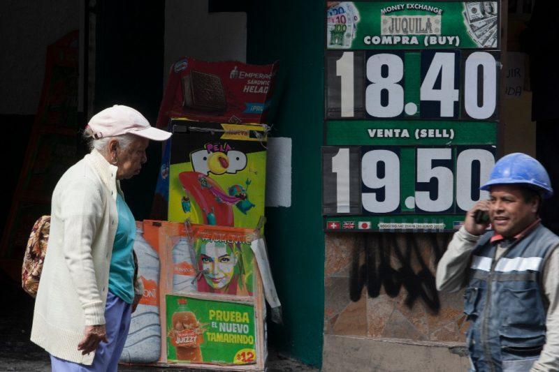 Se ubica peso en su mejor nivel desde octubre: $19.14 por dólar