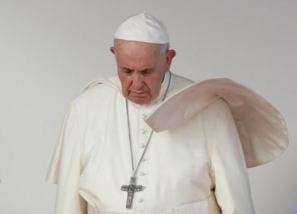 El Papa se lanza contra la corrupción de gobernantes y pide no dar espalda a migrantes