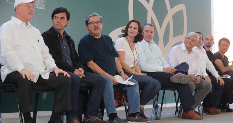 Presidente mexicano lanza el Plan Nacional de Lectura