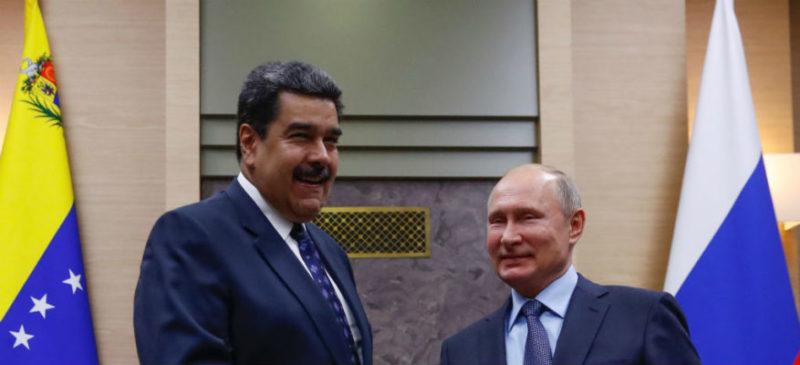 """Putin llama por teléfono a Maduro y le expresa su apoyo ante """"la crisis interna provocada desde el exterior"""""""