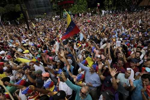 México no participará en el desconocimiento de Maduro