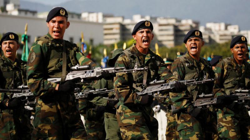 """Videos: Maduro da inicio a los ejercicios militares """"más importantes"""" de la historia de Venezuela"""