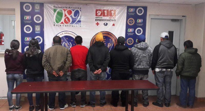 Rescatan a 9 migrantes mexicanos secuestrados en BC