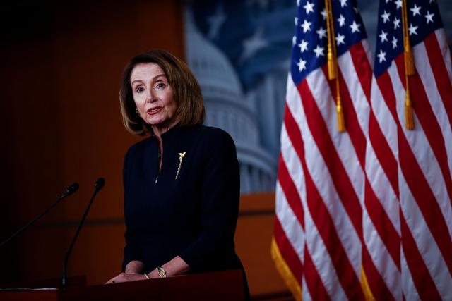 """Demócratas combatirán la """"illegal"""" declaratoria de emergencia nacional"""