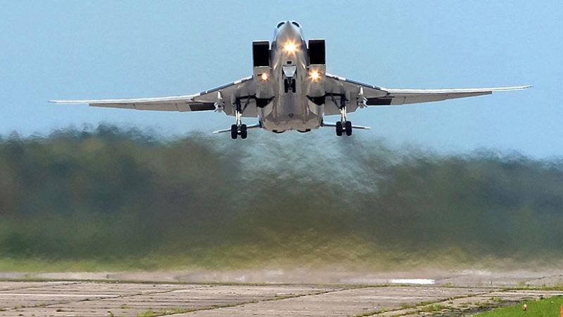 Rusia despliega en Crimea los Tu-22M3 y sistemas de misiles Iskander en respuesta al escudo de EE.UU. en Rumania