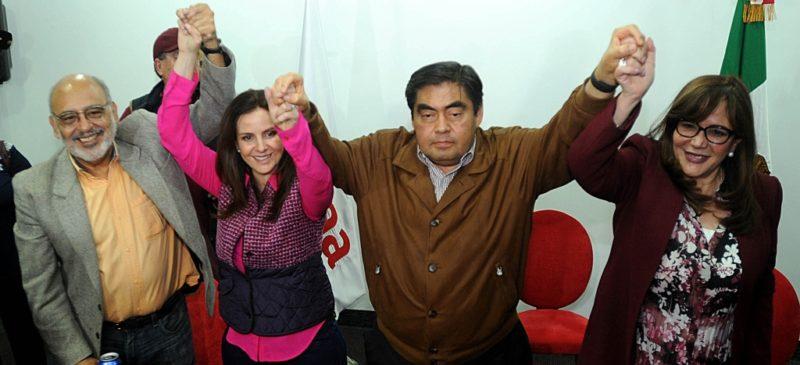 Morena elige a Miguel Barbosa para ir nuevamente por la gubernatura de Puebla