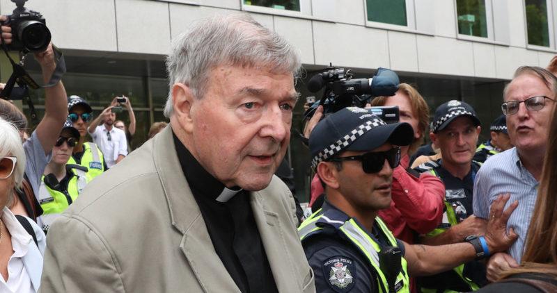 El cardenal George Pell, tercer hombre fuerte del Vaticano, es condenado a 6 años de prisión por pederastia