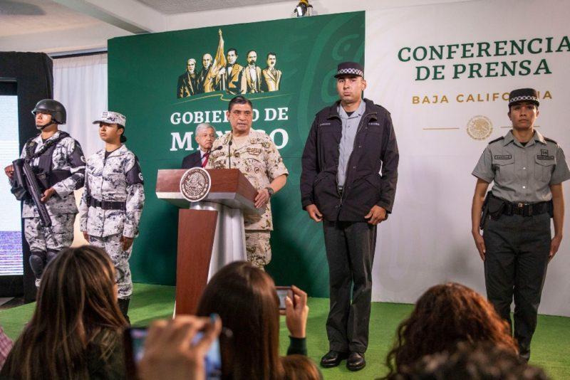 """Videos: """"No se descarta"""" militar activo para jefe de Guardia Nacional: AMLO. El nombramiento, a más tardar dentro de 10 días"""