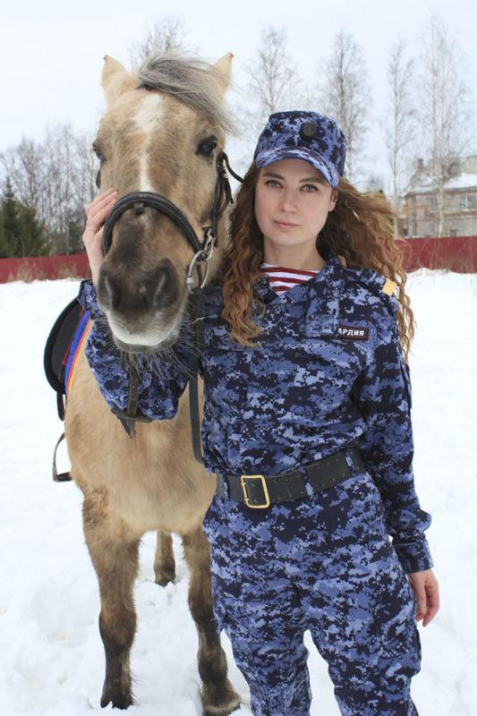 Fotos: Las mujeres más bellas de la Guardia Nacional de Rusia