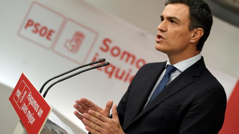 El PSOE de Pedro Sánchez ganaría las elecciones en España y la extrema derecha irrumpiría en el Congreso, según un sondeo